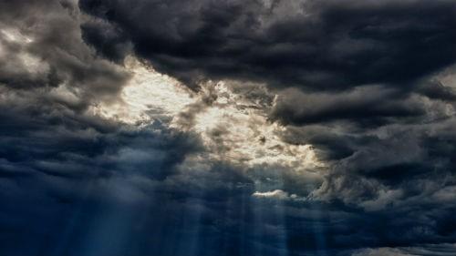 Bulutlarni tushida ko'rish tush ta'biri